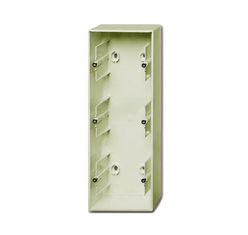 цена на Коробка для накладного монтажа 3-постовая ABB Basic55 слоновая кость 2CKA001799A0973