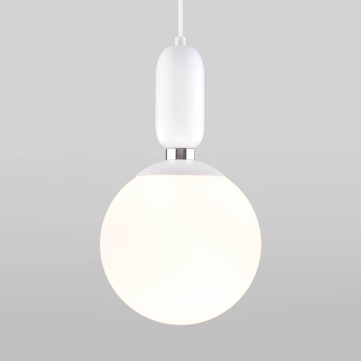 Фото - Светильник Eurosvet 50197/1 белый Bubble светильник eurosvet 90095 10 белый begonia
