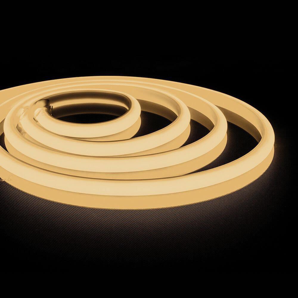 цена Светодиодная неоновая влагозащищенная лента Feron 14,4W/m 180LED/m 2835SMD теплый белый 5M LS651 32095 онлайн в 2017 году