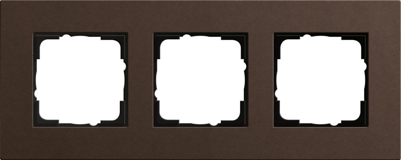 купить Рамка 3-постовая Gira Esprit Lenoleum-Multiplex коричневый 0213223 по цене 12541 рублей