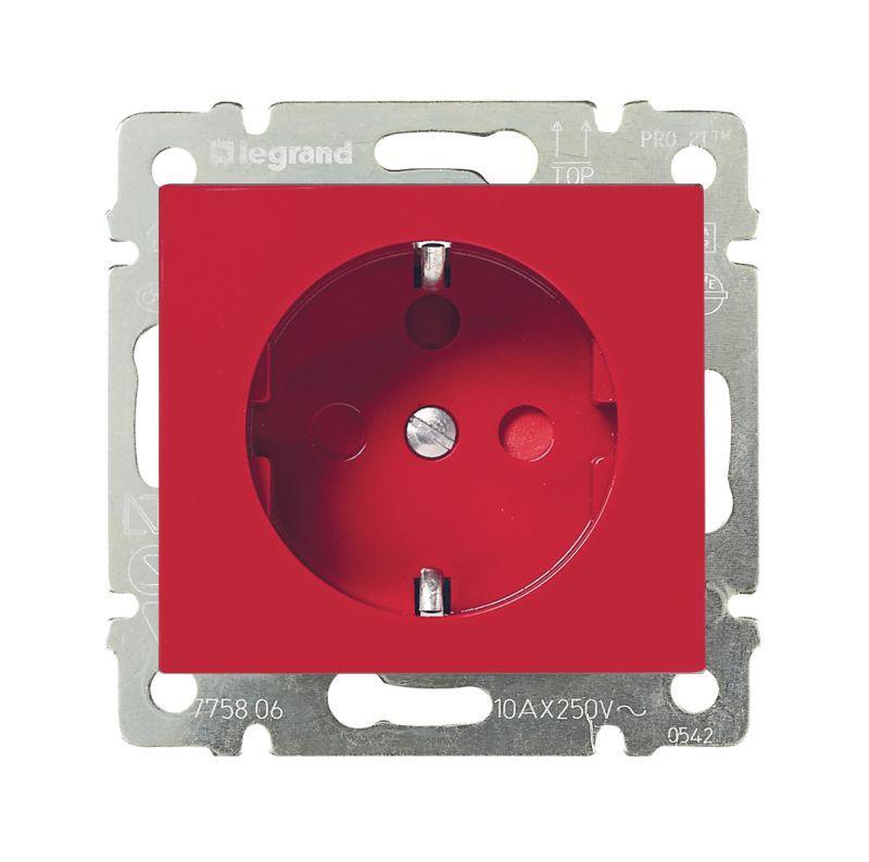 Розетка 2К+З Legrand Valena 16A 250V с/з со шторками винтовой зажим красная 774327 цена и фото