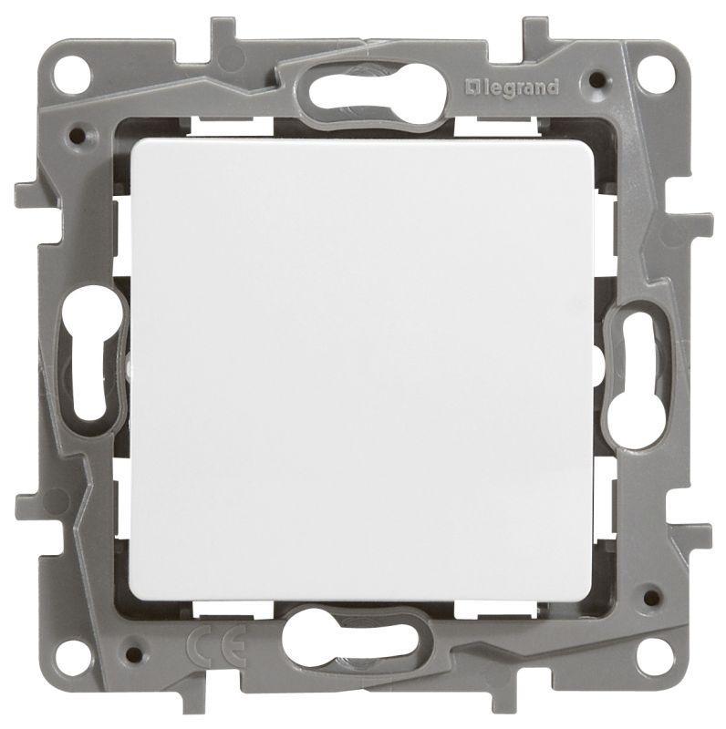 Выключатель Legrand 672201 Etika выключатель одноклавишный legrand etika 10a 250v антрацит 672601